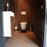 naadloze gietvloer toiletruimte